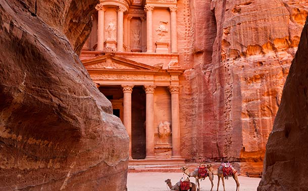 Trip to Rose-Red Ancient City of Petra - Musafir UAE